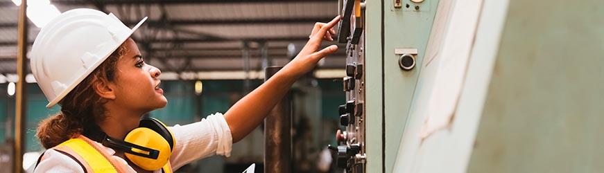 Envie d'occuper un poste clé dans l'industrie ? Devenez technicien de maintenance